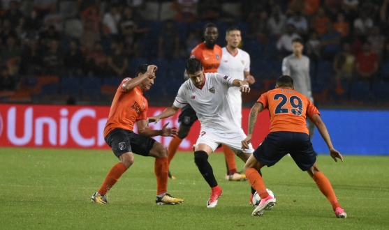 Escudero in the first leg in Turkey