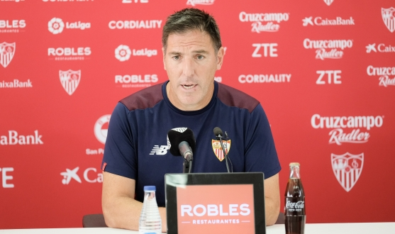 Berizzo in the press room