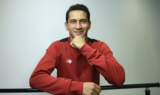 Ganso at his interview with Sevilla FC media