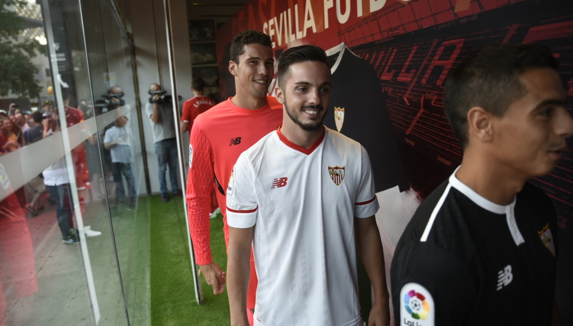 Sarabia at the Kit Launch